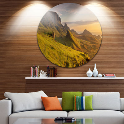 Designart Sunrise at Quiraing Scotland Landscape Circle Metal Wall Art