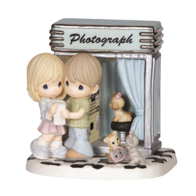 "Precious Moments  ""You've Captured My Heart""Limited Edition  Bisque Porcelain Sculpture  #144017"