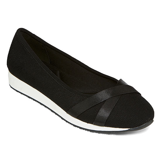 St. John's Bay Womens Abene Slip-On Shoe Closed Toe
