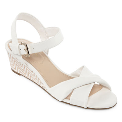 Liz Claiborne Womens Sewell Wedge Sandals