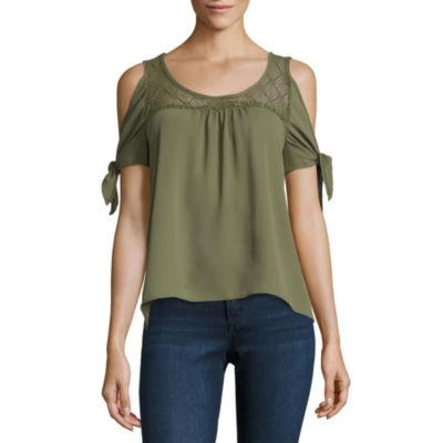 Self Esteem Short Sleeve Woven Dress Shirt-Juniors
