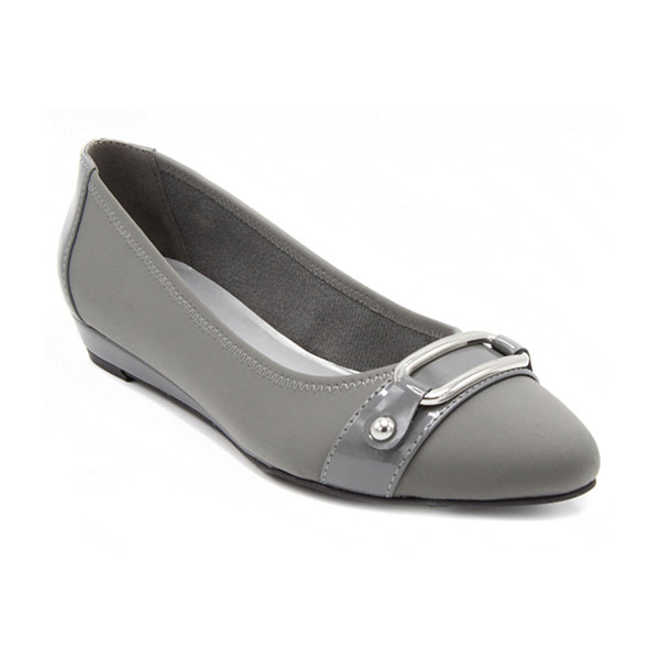 Towne By London Fog Charlotte Womens Pumps