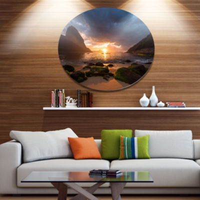 Designart Beautiful Sunrise in Red Seashore Disc Large Beach Large Metal Circle Wall Art