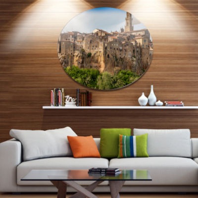 Designart Pitigliano City on the Cliff in Italy Disc Large Landscape Large Metal Circle Wall Art