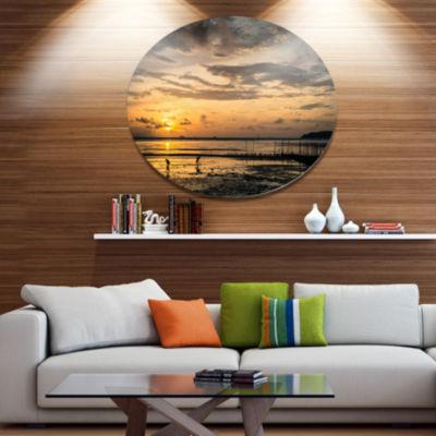 Designart Dawn at Seaside during Low Tide Disc Seashore Large Metal Circle Wall Art
