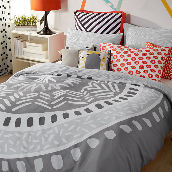 Scribble Medallion Comforter Set