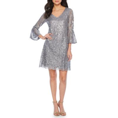 Ronni Nicole 3/4 Bell Sleeve Lace Shift Dress
