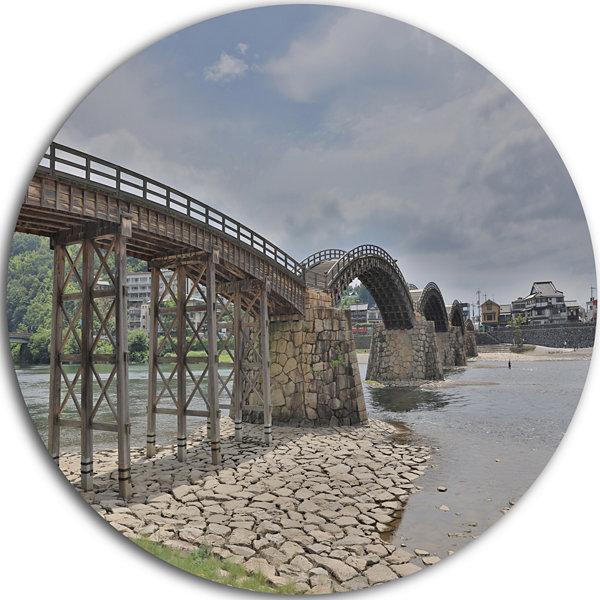 Designart kintai bridge in iwakuni yamaguchi landscape for Metal garden bridge designs