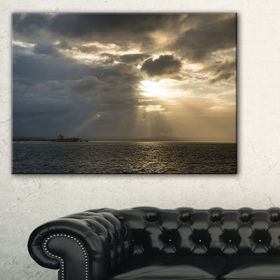 Designart Beautiful Cloudy Sunset At Australia Beach Canvas Art