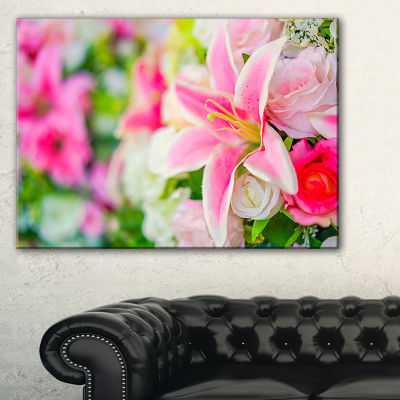 Designart Beautiful Lily Flowers In Bouquet Canvas Art