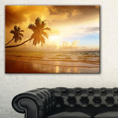 Designart Beautiful Palms At The Caribbean Beach Canvas Art