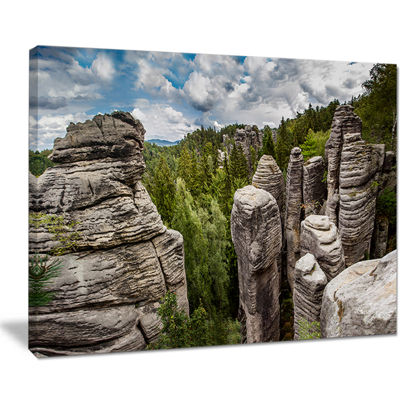 Designart Beautiful Rocks In Bohemian Paradise Canvas Art
