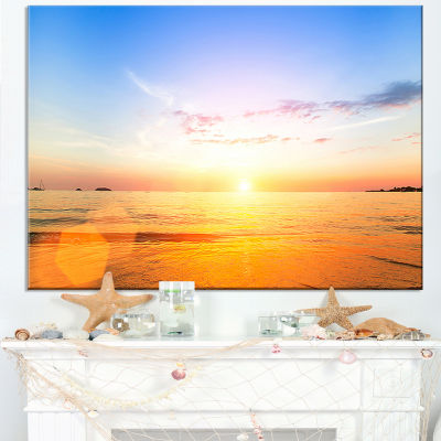 Designart Beautiful Sunset Over Yellow Waters Canvas Art