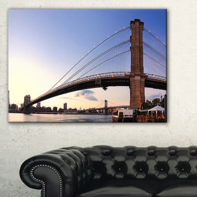 Designart Brooklyn Bridge In New York City Canvas Art