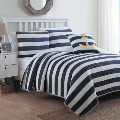 Hampton Quilt Set with Decorative Pillow