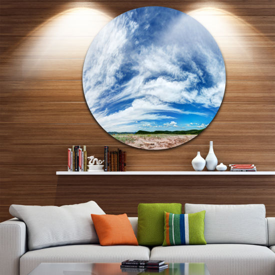 Designart Awesome Pacific Ocean Landscape Round Circle Metal Wall Art