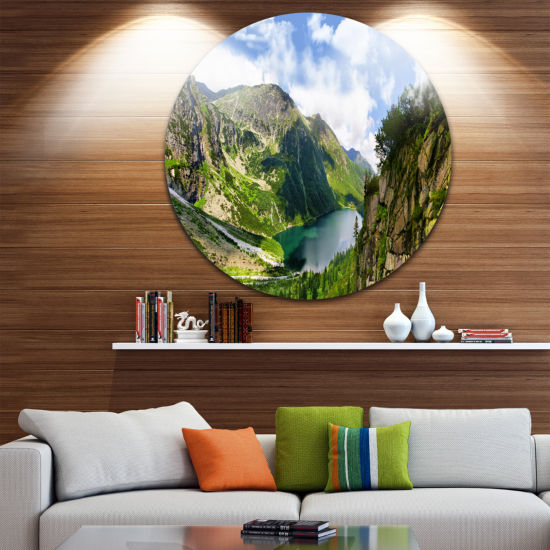 Designart Incredible View of Tatra Mountains Landscape Round Circle Metal Wall Art