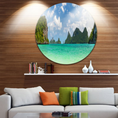 Designart Thailand Beach Panorama Landscape RoundCircle Metal Wall Art