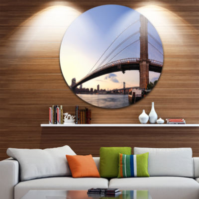 Design Art Brooklyn Bridge in New York City UltraGlossy Cityscape Circle Wall Art