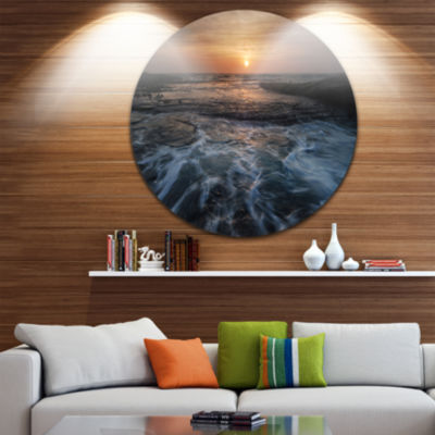 Design Art Dark Seashore with Rushing Waves BeachMetal Circle Wall Art