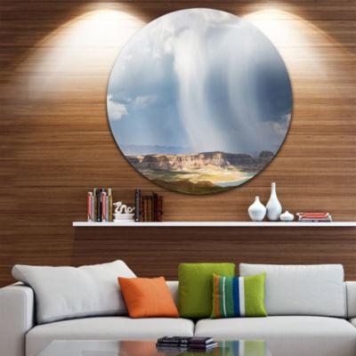 Designart Lake Powell under Clouds Landscape RoundCircle Metal Wall Art