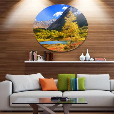 Designart Beautiful Kamchatka Mountains Disc Landscape Metal Circle Wall Art