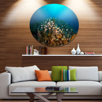 Designart School of Grunts Swimming in Water DiscLarge Landscape Metal Circle Wall Art