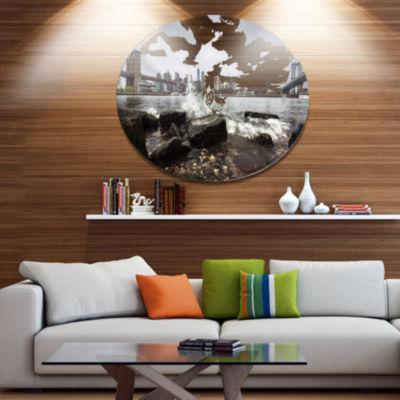 Designart Skyline with Brooklyn Manhattan BridgesDisc Large Cityscape Metal Circle Wall Art