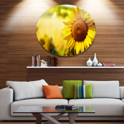 Designart Beautiful Tuscany Sunflower Disc FloralMetal Circle Wall Art