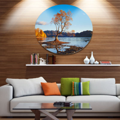Designart Fall Lake Wanaka New Zealand Disc LargeLandscape Metal Circle Wall Art