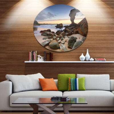 Designart Noraville Central Coast Australia Disc Seashore Metal Circle Wall Art