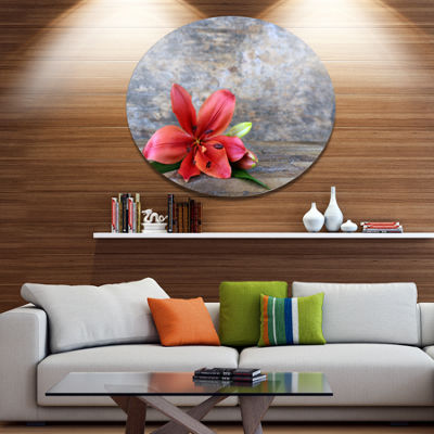 Designart Beautiful Fallen Red Lily Flower Disc Large Floral Metal Artwork