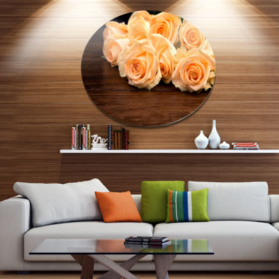 Designart Roses on Wooden Surface Photo Disc Floral Metal Circle Wall Art