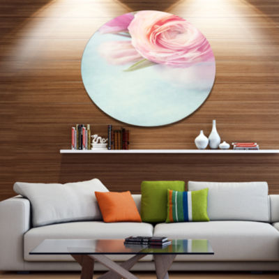Designart Full Bloom Pink Flowers in Vase Disc Floral Metal Circle Wall Art