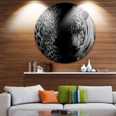 Design Art Leopard and Tiger in Black Animal Circle Metal Wall Art