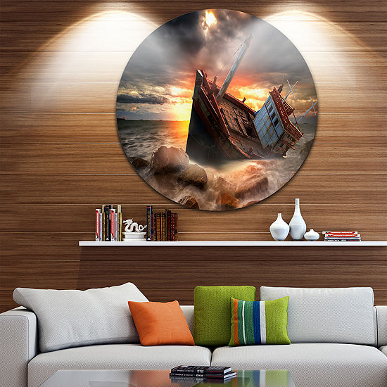 Design art fishing boat beached landscape photography for Circle fishing boat