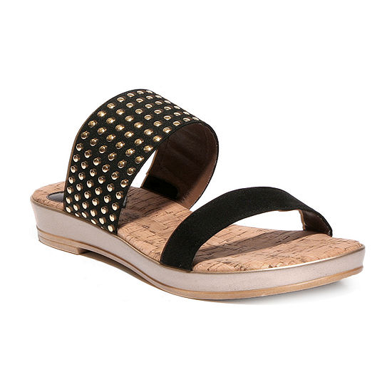 Love And Liberty Womens Debby Flat Sandals