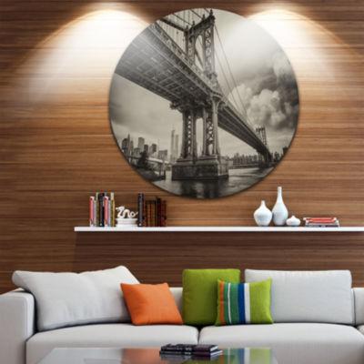 Design Art Manhattan Bridge in Dark Gray Circle Metal Wall Art
