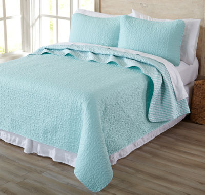 Great Bay Home Jasmine Collection 3-Piece Microfiber Quilt Set with Shams