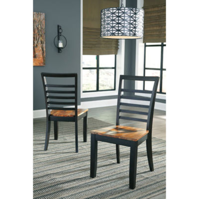 Signature Design by Ashley® Set of 2 Quinley Dining Side Chairs