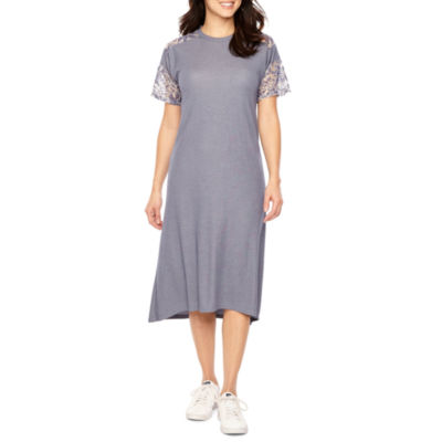 Vivi By Violet Weekend Short Sleeve Maxi Dress