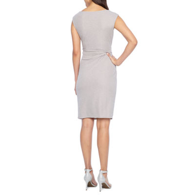 Jessica Howard Sleeveless Sheath Dress