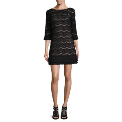Isabelle & Nina3/4 Sleeve Lace Dress