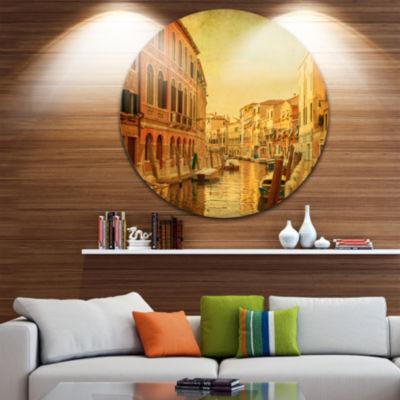 Designart Venetian Canals Vintage View Landscape Photography Circle Metal Wall Art