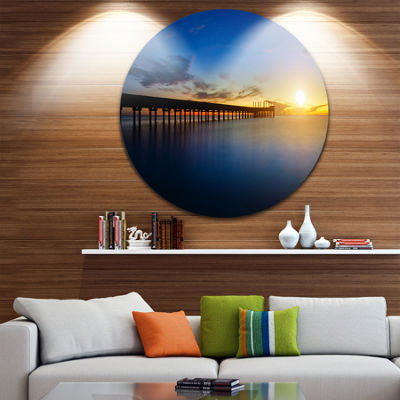 Designart Abandoned Piers in the Sea Seascape Circle Metal Wall Art