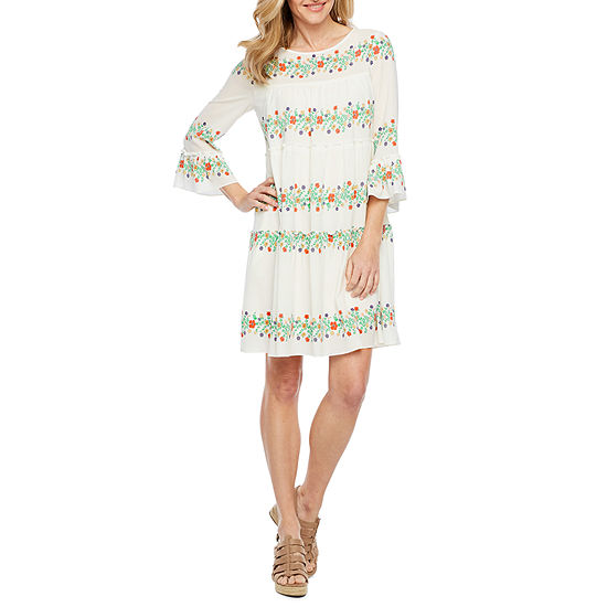 Vivi By Violet Weekend 3/4 Sleeve Floral Shift Dress