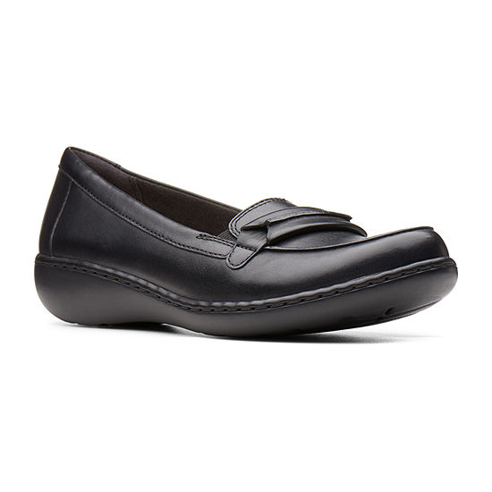 Clarks Womens Ashland Lily Round Toe Slip-On Shoe
