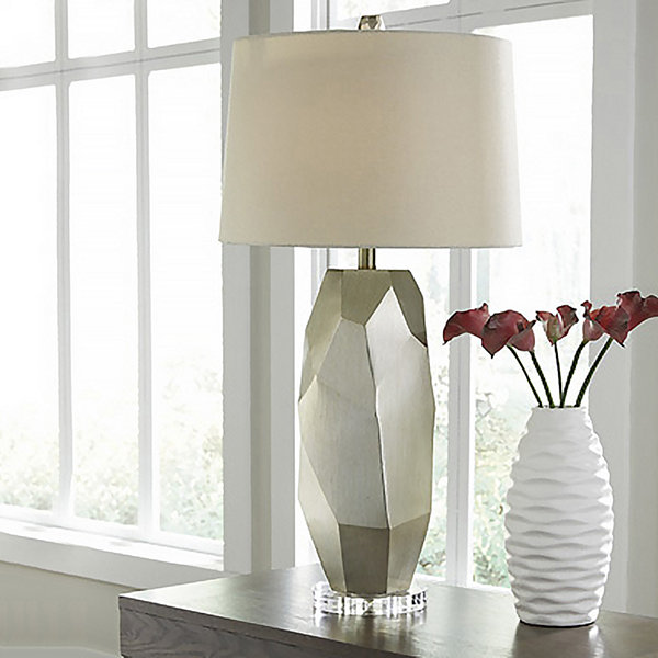 Signature Design by Ashley® Darda Table Lamp