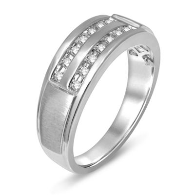 Mens 1/5 CT. T.W. Genuine Diamond 10K Gold Band