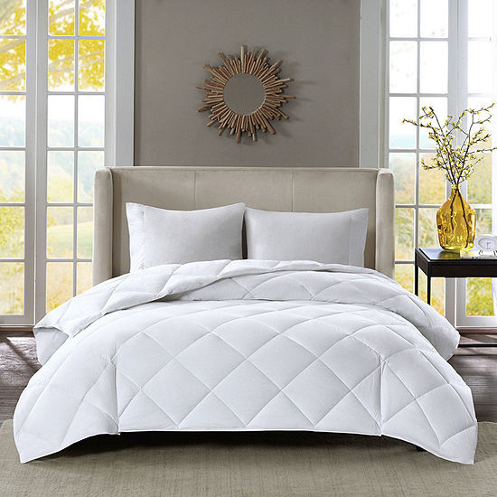 Level 3: Warmest Down-Alternative Comforter